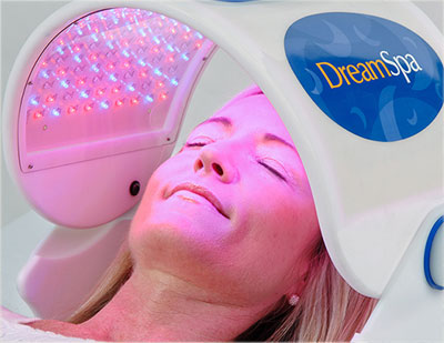 How LED Light Therapy Revitalizes Skin
